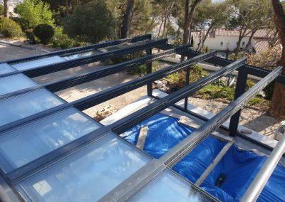 Véranda à toit ouvrant vitré à Toulon 83 Var