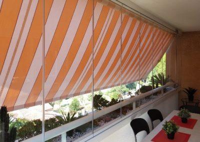 Fermeture de balcon par un rideau de verre Résidence Le Marie Laurencin Marseille 13009