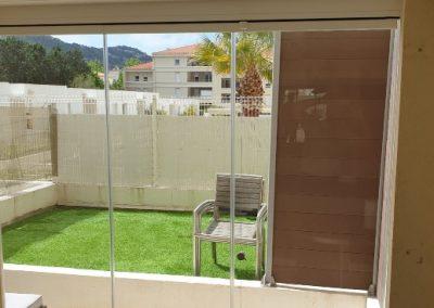 Rideau de verre en fermeture de loggia et accès terrasse à Marseille 13