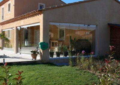 Fermer sa terrasse par un rideau de verre coulissant et pivotant entre Pertuis 84 et Aix en Provence 13