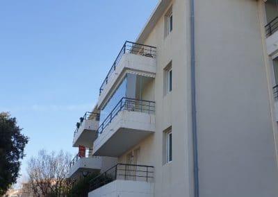 Fermeture de balcon avec un rideau de verre à Marseille 13008